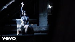 Смотреть клип Nina Kraljić - Vir