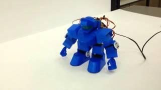 [教育機関との取組み] SCOOVO C170を使用して、新型2足歩行ロボット「SORYU-蒼立-」を作成(京都市立洛陽工業高校)