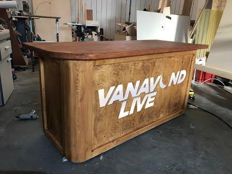 Koterij #108 Een desk voor Xander De Rycke Vanavond Live