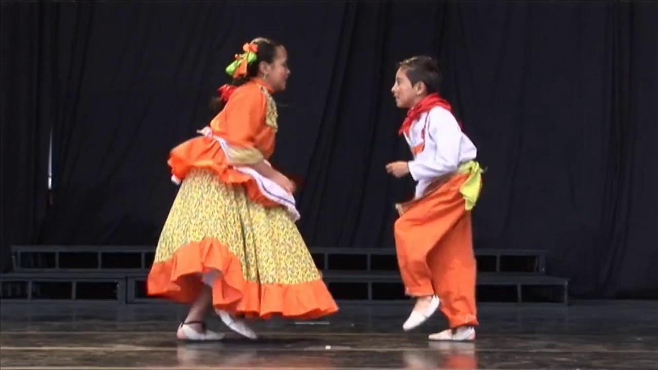 Jugando con ritmos paisas (Colombia)