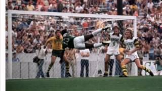 Menotti talking about Pelé and Maradona