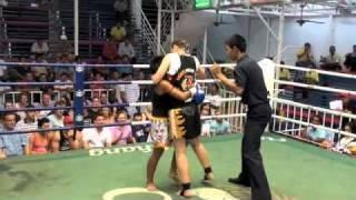 Cleo (Tiger Muay Thai) TKO's Petchtuksin (Thailand) in round 2 @ Bangla boxing stadium