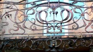 видео купит кованый балкон