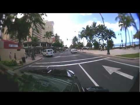 Cruising Waikiki Beach @ Kalakaua Ave. [Honolulu, Hawaii] ワイキキ