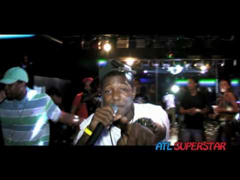 Kayode performing Live at Club Fusion for Atlsuperstar