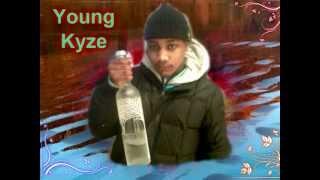 Kyzeavelli - Hoodys