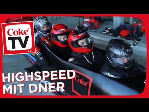 Hand of Blood und Dner jagen mit 130 km/h die Bobbahn hinunter | #CokeTVMoment