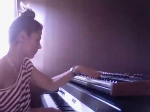 Ivana Santilli - Borderline (Madonna) Accoustic Cover - Rhodes & Prophet
