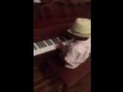 Nyjah.washingtons little brother playing piano Mp3