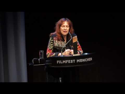 Amanda Plummer: Laudatio für Cinemerit Preisträger Terry Gilliam @ Filmfest München 2018