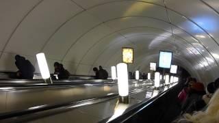 Звуковая реклама на экскалаторах метро - шумовое загрязнение(Санкт-Петербургский метрополитен - это самые длинные экскалаторы в мире. Спуск на некоторых станциях заним..., 2014-07-17T09:05:32.000Z)