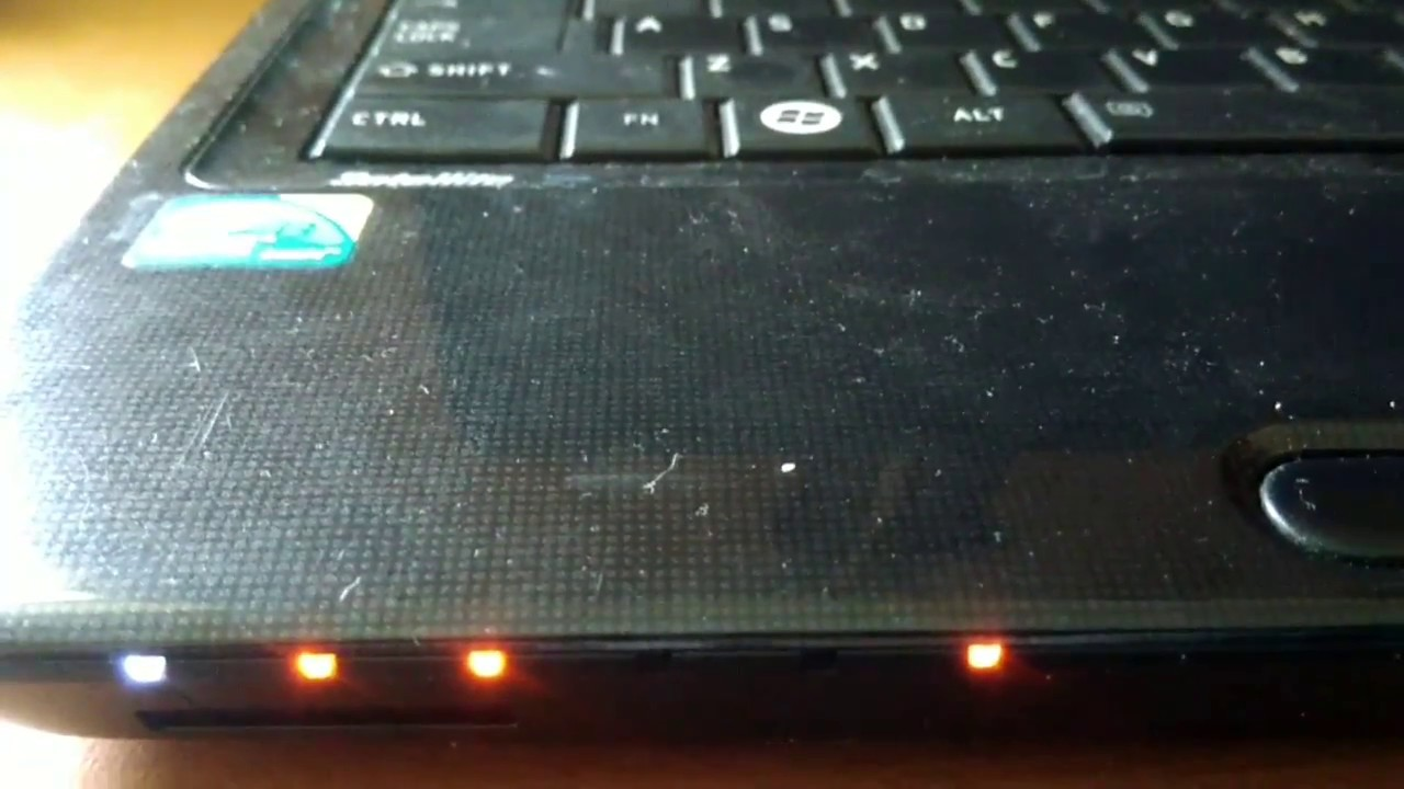 Led Indicator blink when charging laptop