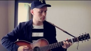 Jens Lekman performs Become Someone Else