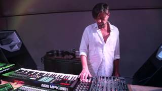 How I Play: Rodrİguez Jr. Interview + Live Rig Walkthrough