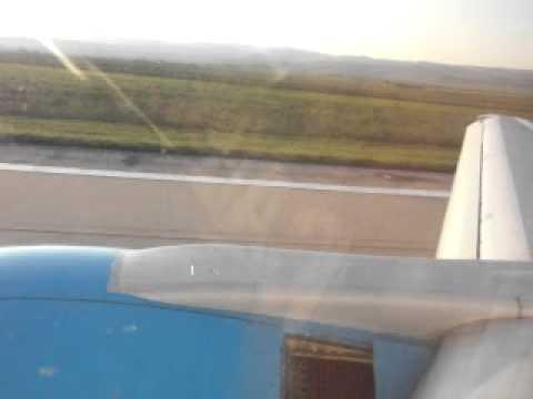 Let Central Charter Airlines OSR-BOJ, P?istání v Burgasu