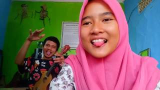 Video Deny ft Reni Beatbox - Surat Cinta Untuk Starla Cover (Ukulele) download MP3, 3GP, MP4, WEBM, AVI, FLV Maret 2018