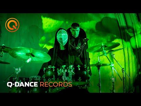 Смотреть клип Phuture Noize - A New World