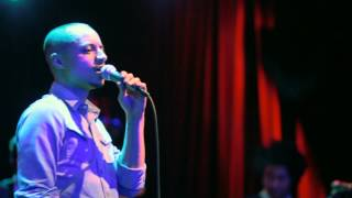 """Jose James Live: """"It's All Over Your Body"""" and """"Park Bench People"""""""