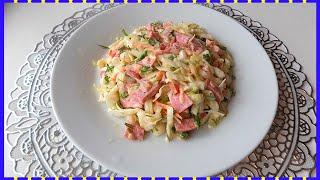 Простой салатик из капусты с полукопченой колбасой