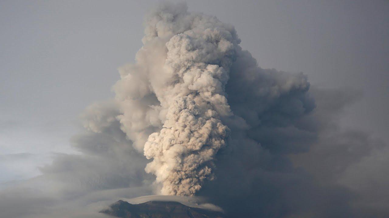 mount-agung-eruption-imminent-in-bali