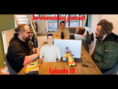 """""""Laat u vaccineren!"""" Aldus Schepen van Economie Toon Vandeurzen. De vreemdeling podcast 019"""