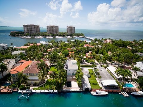 1785 Fairhaven Place, Coconut Grove, Florida Waterfront Home For Sale Jo-Ann Forster