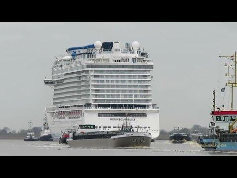 Arme Binnenschiffe Chaos bei Überführung von Kreuzfahrtschiff Poor merchant ships Cruiseliner turmoi