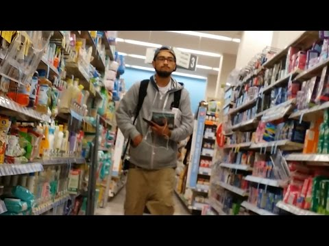 Walgreens Shoplifters Caught in the Act Downtown San Francisco (4K UHD)