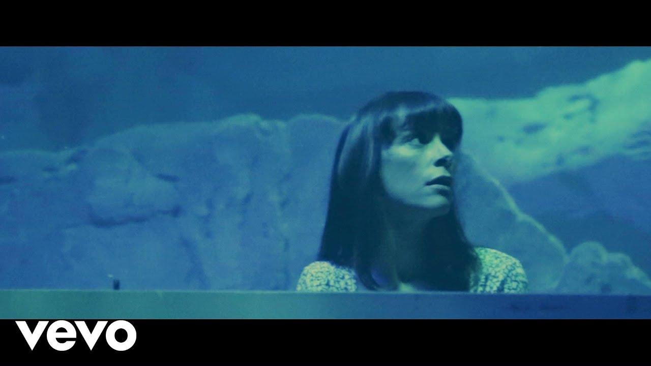 emily-loizeau-eaux-sombres-live-acoustique-emilyloizeauvevo