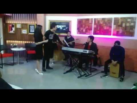 ArizkyBoriz&Famz LIVE ElshintaTV.mp4