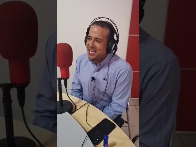 Entrevista radial al presidente del Comité pro Santa Cruz