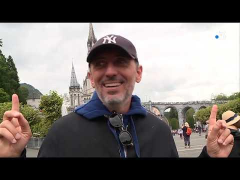 Lourdes : l'humoriste Gad Elmaleh invité surprise du pèlerinage national - - France 3 Occitanie
