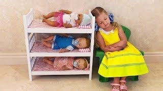 Diana é mamãe bonecas bebês