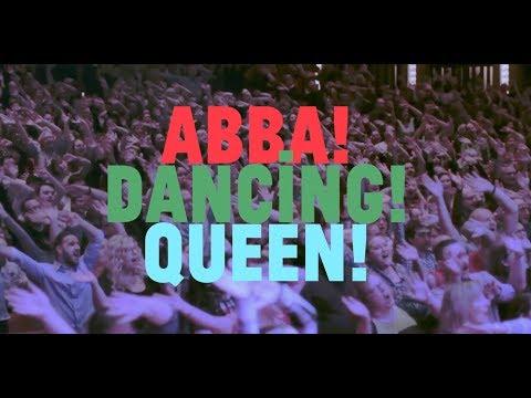 """Massive 2000 person Choir! in Ottawa sings ABBA """"Dancing Queen!"""""""