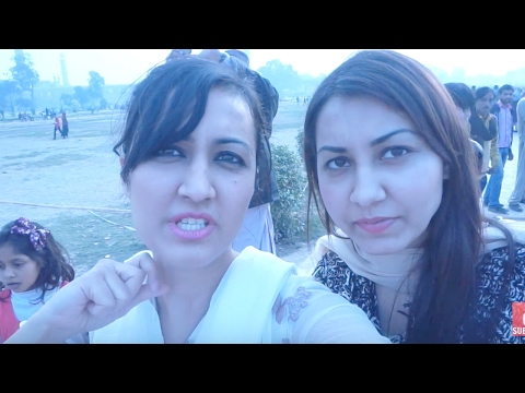 WHEN WE WENT TO BADSHAHI MOSQUE- Pakistan Vlog 3