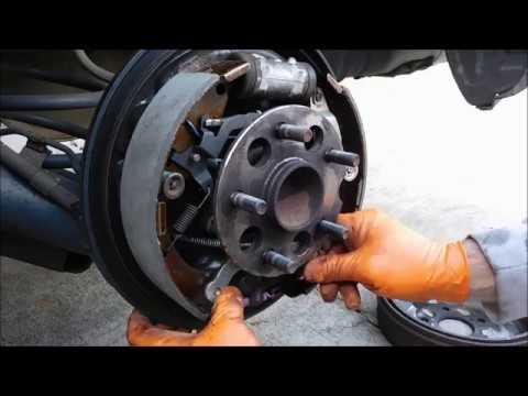 2007 Toyota Sienna Rear Brake Repair Youtube