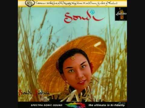 Sondi Sodsai - Sondi - 05. Siamese Cat Song