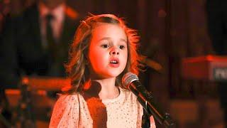 LITTLE CHRISTMAS PARTY SINGER!!