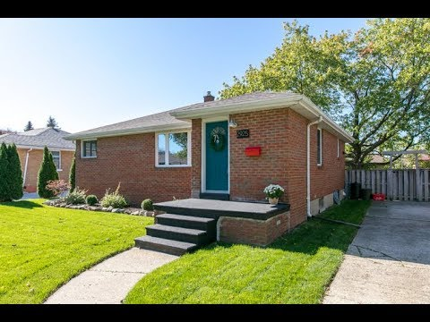 2925 Askin Ave, For Sale in Windsor Ontario Canada