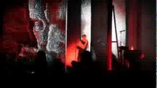 "Nine Inch Nails- ""Closer (Fuck You Like an Animal)"" Live at Lollapalooza on August 2, 2013"