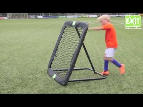 Футбольный тренажер - Dribbling Wizard http://dribblingwizard.ru .