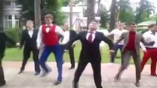 Крутые танцы под шикарный музончик ...Cмешные танцы... подборка приколов 2018