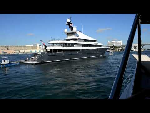 2018 Fort Lauderdale International Boat Show move in