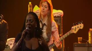 Sharon Jones & The Dap Kings @ Nancy Jazz Pulsations • 2010