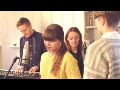 Lillyum - Water (Live session, Liverpool)