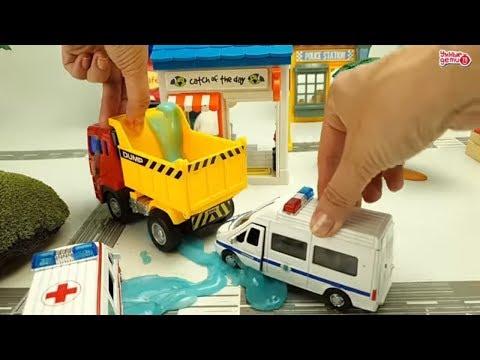 Машинки - полиция  и скорая помощь. Игрушки от Технопарка