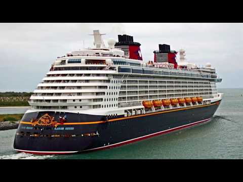 26.02.2012 Port Canaveral - Florida - USA.  Video.