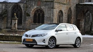 Toyota Auris Hybrid 2013 Videos