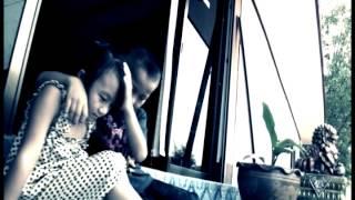 Tsis Nco Yuav Tag Instrumental