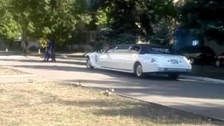 Свадебные машины Великого города Молодогвардейска(видео, добавленное с мобильного телефона., 2012-09-21T11:11:22.000Z)
